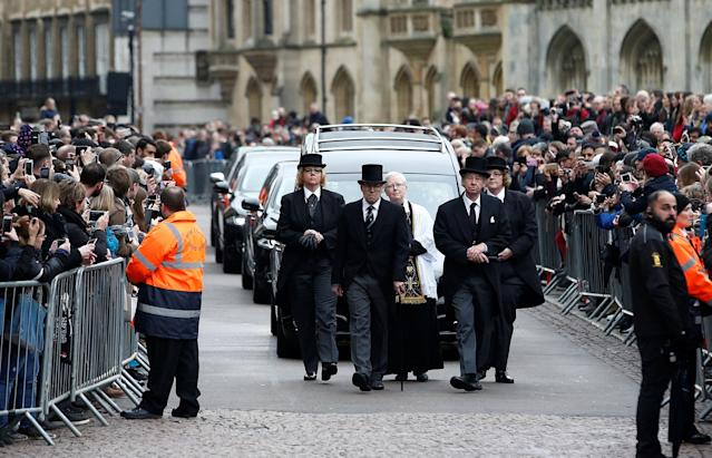 <p>The funeral cortege arrives at Great St Marys Church, where the funeral of theoretical physicist Prof Stephen Hawking is being held, in Cambridge, Britain, March 31, 2018. (Photo: Henry Nicholls/Reuters) </p>