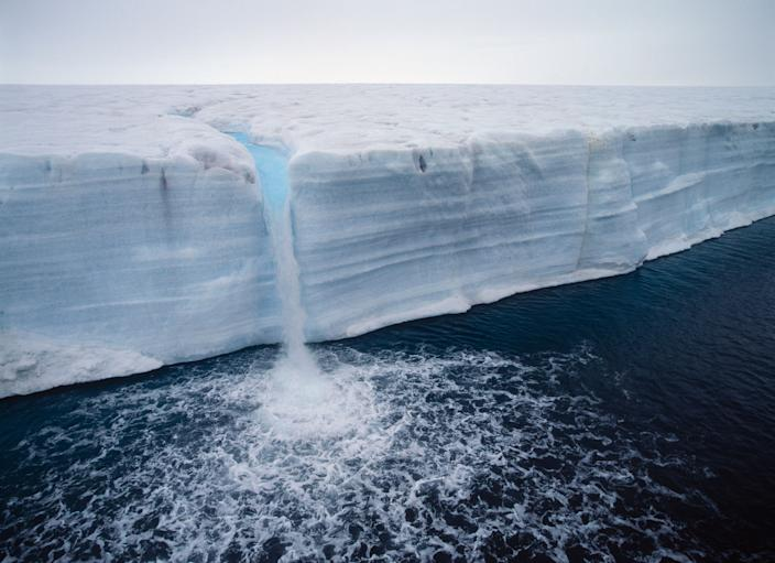 Austfonna, a melting ice cap located on Nordaustlandet in the Svalbard archipelago in Norway. (Photo: Jan Tove Johansson/Getty Images)