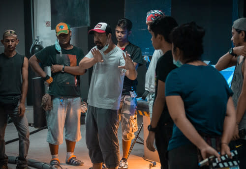 Director Ramdan Che Hassan giving instructions to the crew