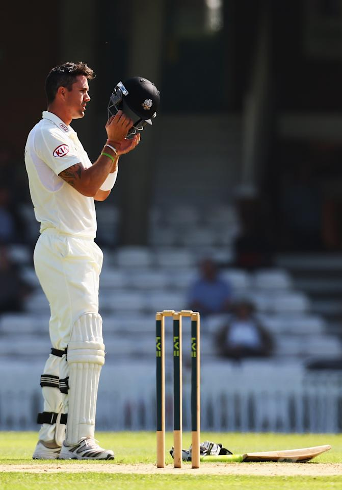LONDON, ENGLAND - SEPTEMBER 04:  Kevin Pietersen of Surrey prepares to bat during day one of the LV County Championship Division One match between Surrey and Nottinghamshire at The Kia Oval on September 4, 2012 in London, England.  (Photo by Paul Gilham/Getty Images)