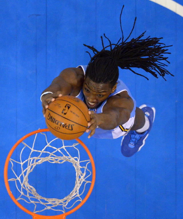 Denver Nuggets forward Kenneth Faried dunks during the second half of an NBA basketball game against the Los Angeles Clippers, Tuesday, April 15, 2014, in Los Angeles. The Clippers won the game 117-105. (AP Photo/Mark J. Terrill)