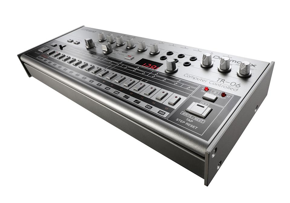 Roland TR-06 Drum machine