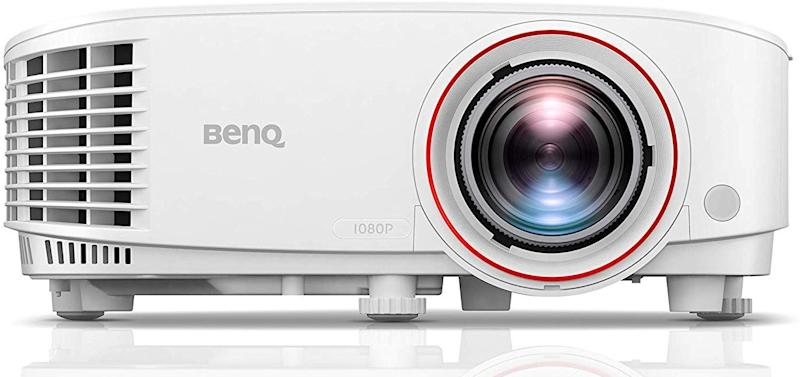 This projector for gamers has a 4.5 out of five-star review rating. (Photo: Amazon)