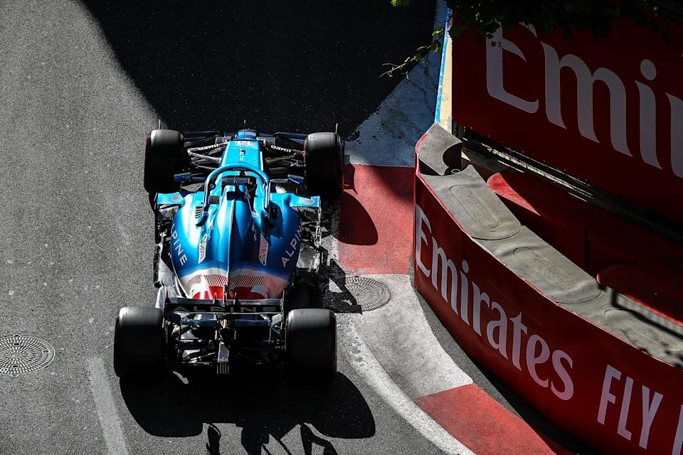 BAKU, AZERBAIJAN - JUNE 05: Fernando Alonso of Spain driving the (14) Alpine A521 Renault during practice qualifying ahead of the F1 Grand Prix of Azerbaijan at Baku City Circuit on June 05, 2021 in Baku, Azerbaijan. (Photo by Aziz Karimov/Getty Images)
