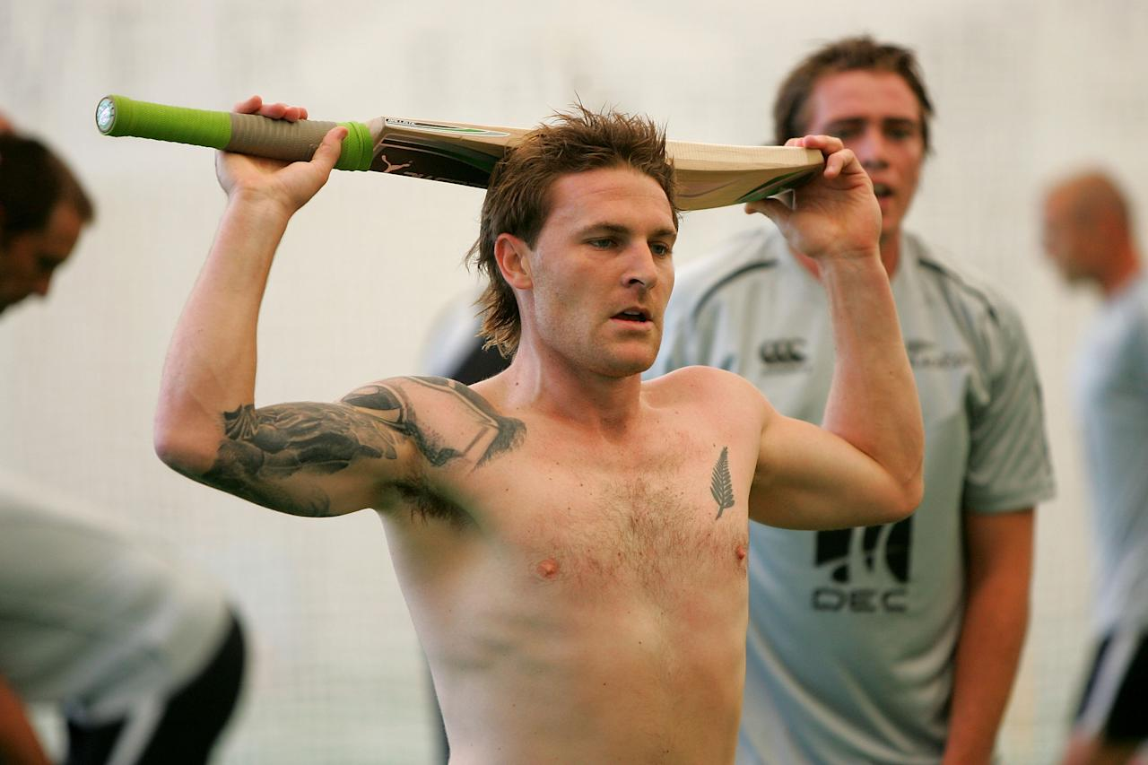 SYDNEY, AUSTRALIA - NOVEMBER 11:  Brendan McCullum takes a rest following a fitness session during a New Zealand nets session at the Sydney Cricket Ground on November 11, 2008 in Sydney, Australia.  (Photo by Ezra Shaw/Getty Images)