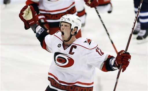 LaRose lifts Hurricanes over Jets with late goal