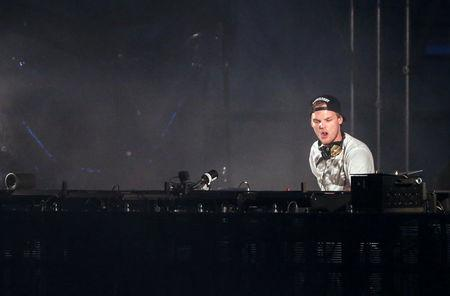 Swedish musician, DJ, remixer and record producer Avicii (Tim Bergling) performs at the Summerburst music festival at Ullevi stadium in Gothenburg, Sweden May 30, 2015. Picture taken May 30, 2015. Bjorn Larsson Rosvall /TT News Agency/via REUTERS