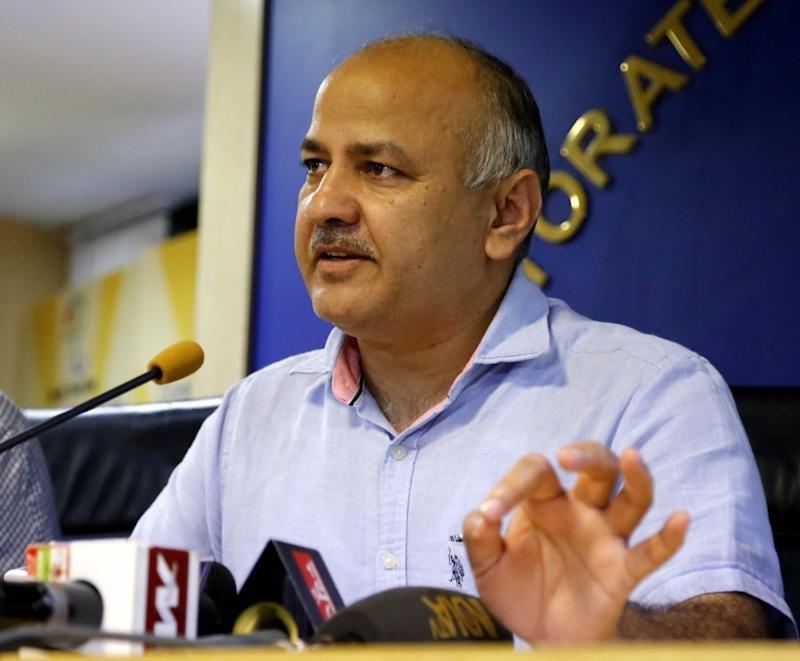 Manish Sisodia claims 'someone' hacked his Twitter account and is retweeting 'anti-Anna Hazare messages'