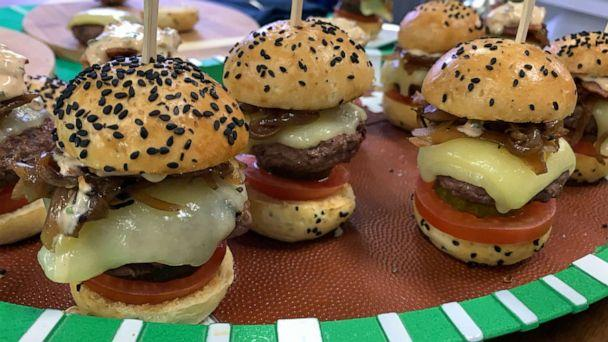PHOTO: Mini bacon sliders with caramelized onions from chef Stephen Hopcraft. (ABC News)