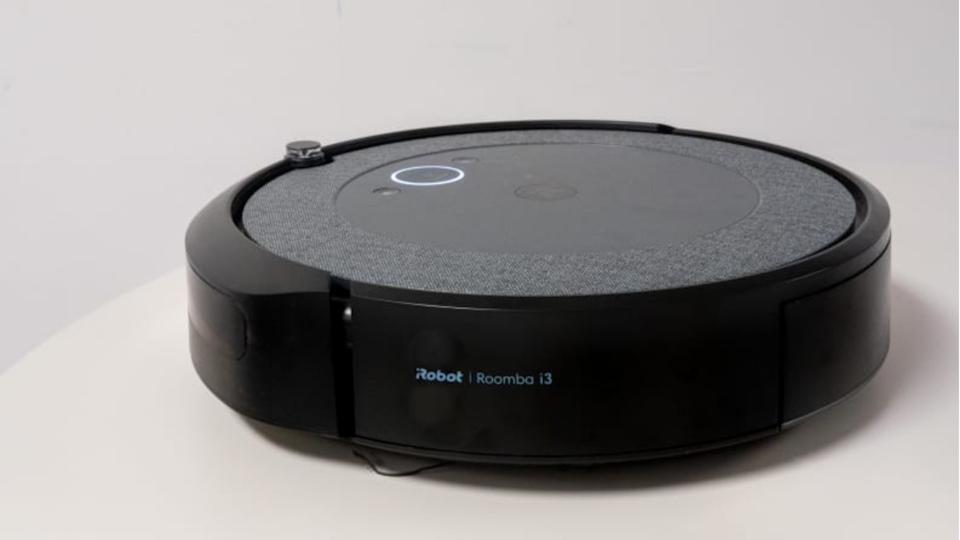 Pet owners will rejoice that the Roomba i3+ helps clean up their home and won't get clogged when sweeping up all that pet hair.