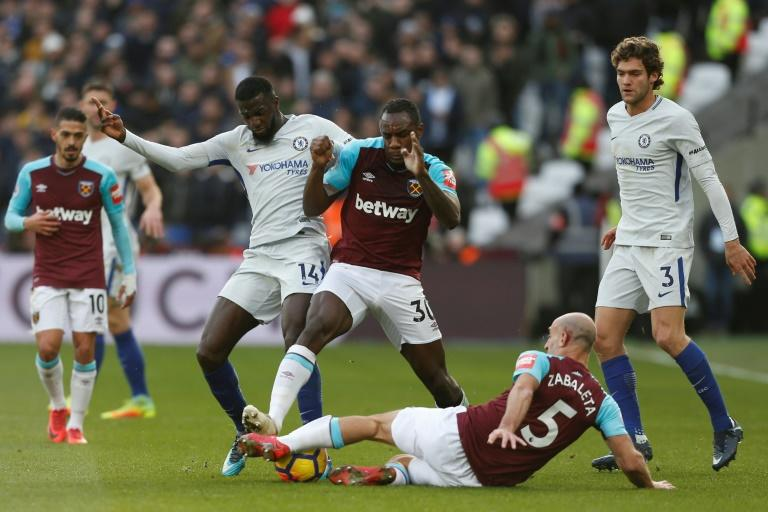Antonio Conte's Chelsea suffered a fourth loss in 16 games against fellow London side West Ham on December 9, 2017