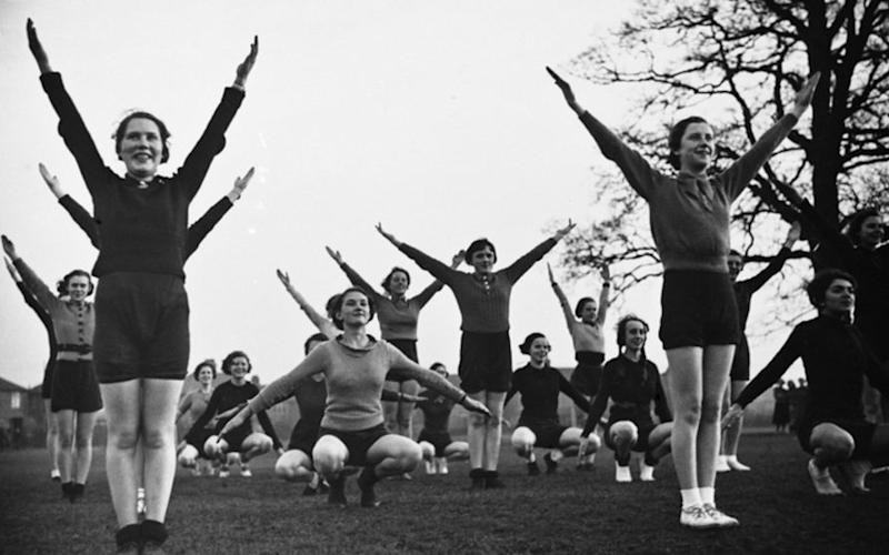 Physical training .College of Technology and Arts, Rugby. 1937 - Credit: BBC