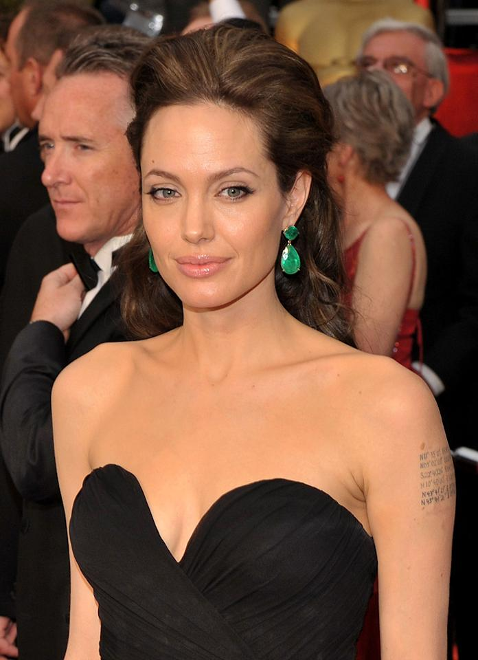 Angelina Jolie at the 81st Annual Academy Awards - Feb. 22, 2009
