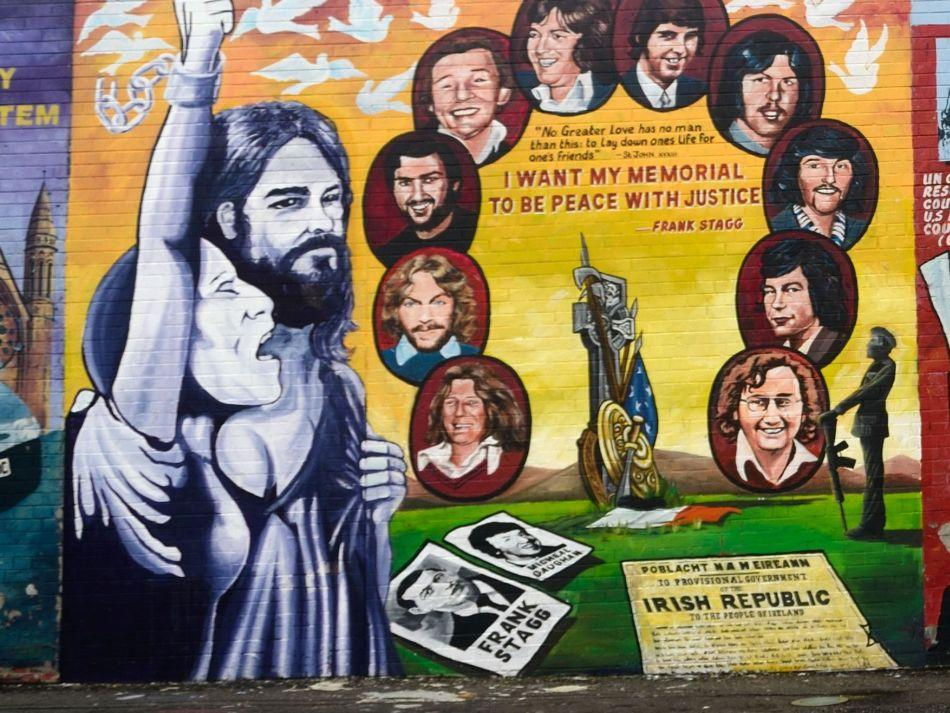 We stopped by at The Falls Road and Shankill Road, separated by the Peace Wall to see some of the murals depicting martyrs of the Troubles.