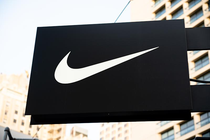 SAN FRANCISCO, UNITED STATES - 2020/01/23: American multinational sportswear manufacturer Nike logo seen at one of their stores. (Photo by Alex Tai/SOPA Images/LightRocket via Getty Images)