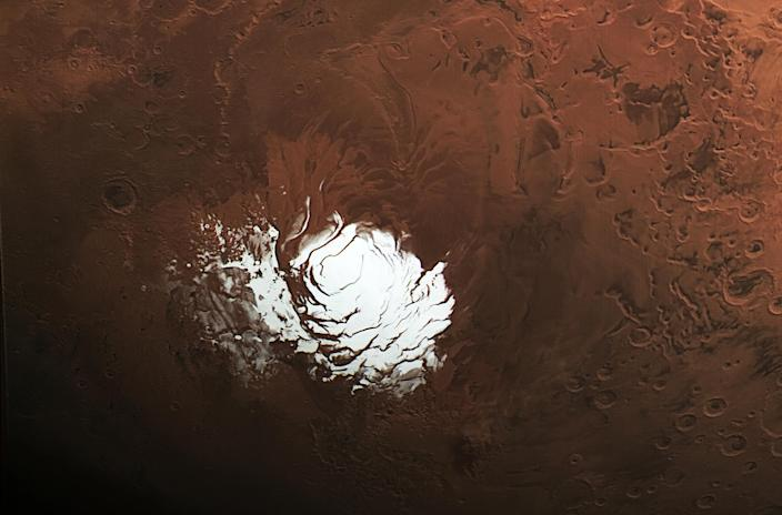 Image: Mars south polar ice cap (Bj?rn Schreiner - FU Berlin / ESA)