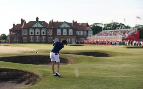 <span>Georgia Hall of England plays into the 18th green</span> <span>Credit: GETTY IMAGES </span>