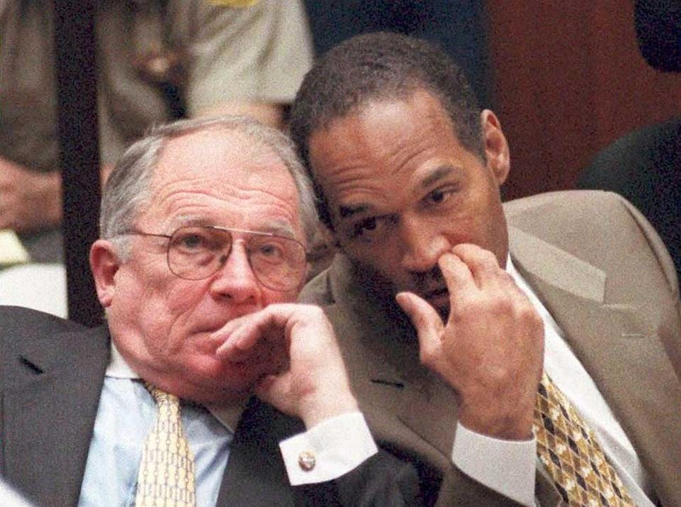 Bailey with OJ Simpson at the 1995 trial (AFP/Getty)