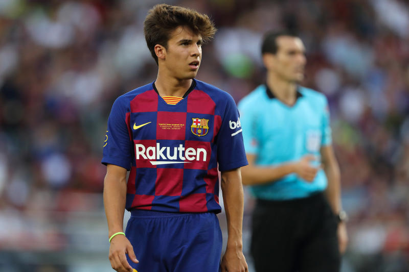 BARCELONA, SPAIN - AUGUST 04: Riqui Puig of FC Barcelona during the Pre-Season Friendly between FC Barcelona and Arsenal at Nou Camp on August 4, 2019 in Barcelona, Spain. (Photo by Matthew Ashton - AMA/Getty Images)