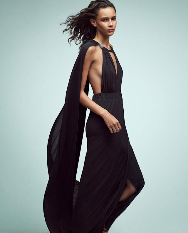 <p><strong>Model:</strong> Binx Walton<br><strong>Photographer:</strong> Mario Sorrenti <br>(Photo: Courtesy of Alberta Ferretti) </p>