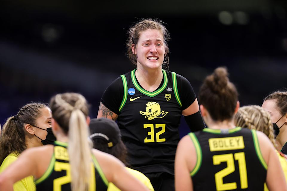 Oregon's Sedona Prince called attention to the lack of adequate weights and exercise materials for women's basketball players at the tournament in San Antonio.