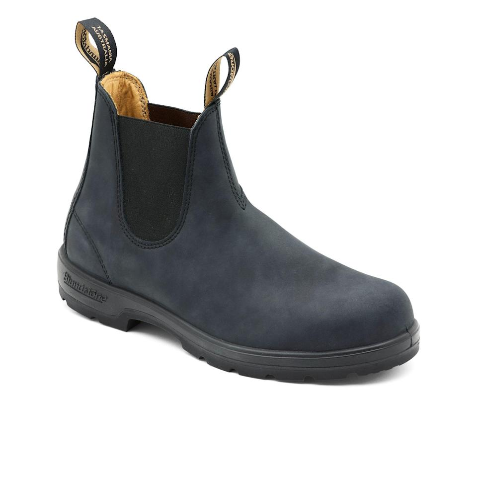 """<p><strong>Blundstone</strong></p><p>huckberry.com</p><p><strong>$200.00</strong></p><p><a href=""""https://go.redirectingat.com?id=74968X1596630&url=https%3A%2F%2Fhuckberry.com%2Fstore%2Fblundstone%2Fcategory%2Fp%2F63588-original-550&sref=https%3A%2F%2Fwww.esquire.com%2Fstyle%2Fmens-fashion%2Fg34487003%2Fhuckberry-fall-mens-essentials%2F"""" rel=""""nofollow noopener"""" target=""""_blank"""" data-ylk=""""slk:Buy"""" class=""""link rapid-noclick-resp"""">Buy</a></p><p><a href=""""https://www.esquire.com/style/mens-fashion/a26079714/blundstone-500-series-510-boots-endorsement/"""" rel=""""nofollow noopener"""" target=""""_blank"""" data-ylk=""""slk:Endorsed"""" class=""""link rapid-noclick-resp"""">Endorsed</a> for a goddamn reason. </p>"""