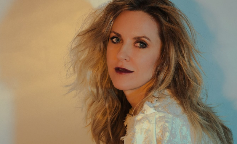 Liz Phair Details New Album Soberish, Announces US Tour