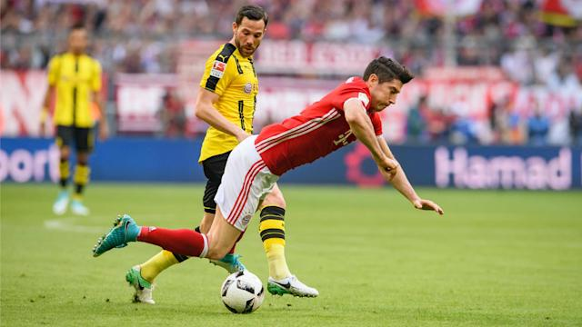 Manuel Neuer is likely to be fit for Bayern Munich's Champions League tie against Real Madrid, but Robert Lewandowski has missed training.