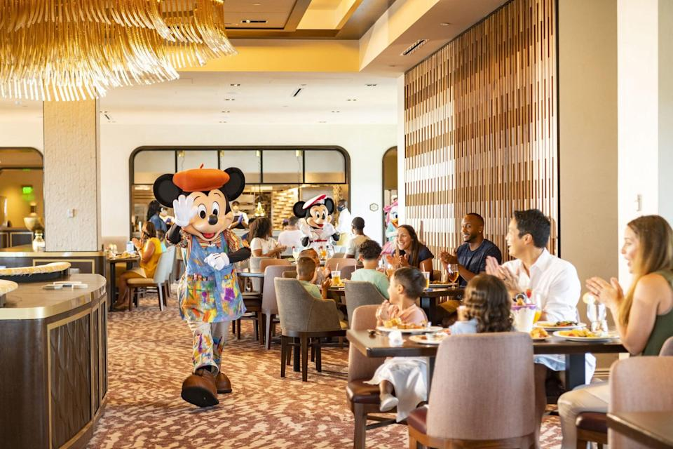 """<p>Take dining to the next level with some of your kids' favorite Disney friends - from Mickey to Lilo and Stitch - at one of the restaurants that offer character dining.</p> <ul> <li><a href=""""https://disneyworld.disney.go.com/dining/magic-kingdom/cinderella-royal-table/"""" class=""""link rapid-noclick-resp"""" rel=""""nofollow noopener"""" target=""""_blank"""" data-ylk=""""slk:Cinderella's Royal Table"""">Cinderella's Royal Table</a> (Magic Kingdom)</li> <li><a href=""""https://disneyworld.disney.go.com/dining/magic-kingdom/crystal-palace/"""" class=""""link rapid-noclick-resp"""" rel=""""nofollow noopener"""" target=""""_blank"""" data-ylk=""""slk:Crystal Palace - Buffet With Winnie the Pooh and Friends"""">Crystal Palace - Buffet With Winnie the Pooh and Friends</a> (Magic Kingdom - Main Street, U.S.A.)</li> <li><a href=""""https://disneyworld.disney.go.com/dining/boardwalk/trattoria-al-forno/"""" class=""""link rapid-noclick-resp"""" rel=""""nofollow noopener"""" target=""""_blank"""" data-ylk=""""slk:&quot;Bon Voyage Adventure Breakfast&quot; with Ariel, Prince Eric, Rapunzel, and Flynn Rider at Trattoria al Forno"""">""""Bon Voyage Adventure Breakfast"""" with Ariel, Prince Eric, Rapunzel, and Flynn Rider at Trattoria al Forno</a> (Disney's BoardWalk)</li> <li><a href=""""https://disneyworld.disney.go.com/dining/epcot/akershus-royal-banquet-hall/"""" class=""""link rapid-noclick-resp"""" rel=""""nofollow noopener"""" target=""""_blank"""" data-ylk=""""slk:Princess Storybook Dining at Akershus Royal Banquet Hall"""">Princess Storybook Dining at Akershus Royal Banquet Hall</a>** (Epcot)</li> <li><a href=""""https://disneyworld.disney.go.com/dining/contemporary-resort/chef-mickeys/"""" class=""""link rapid-noclick-resp"""" rel=""""nofollow noopener"""" target=""""_blank"""" data-ylk=""""slk:Chef Mickey's Fun Time Buffet"""">Chef Mickey's Fun Time Buffet</a>* (Disney's Contemporary Resort)</li> <li><a href=""""https://disneyworld.disney.go.com/dining/four-seasons/breakfast-with-goofy-ravello/"""" class=""""link rapid-noclick-resp"""" rel=""""nofollow noopener"""" target=""""_blank"""" data-ylk=""""slk:Good Morning Breakfast With Goofy and"""