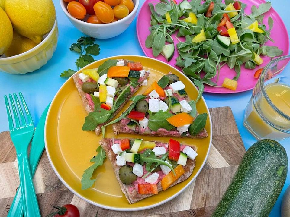 Beetroot houmous flatbread: this dish is as tasty as it is healthy  (Ramona's Kitchen)