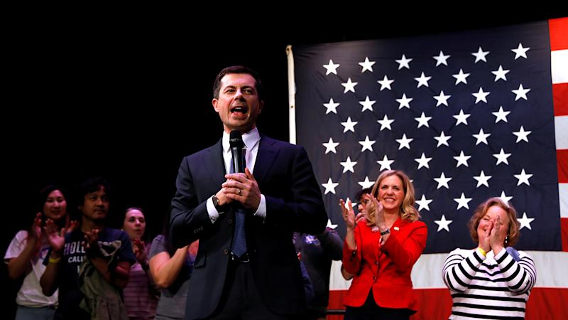 Democratic presidential candidate and former South Bend, Indiana mayor Pete Buttigieg, speaks during a campaign event in Concord, New Hampshire, U.S., February 4, 2020. (Brendan McDermid/Reuters)