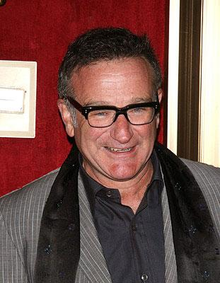 """Premiere: <a href=""""/movie/contributor/1800013042"""">Robin Williams</a> at the New York City premiere of Warner Bros. Pictures' <a href=""""/movie/1809418605/info"""">August Rush</a> - 11/11/2007<br>Photo: <a href=""""http://www.wireimage.com"""">Jim Spellman, WireImage.com</a>"""