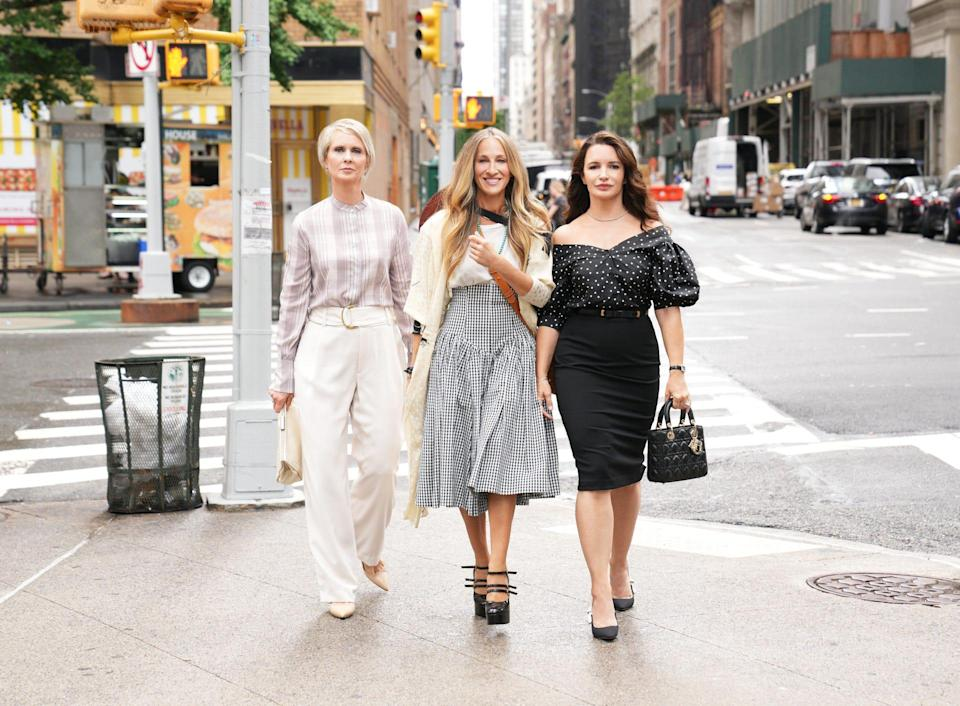 """""""Sex and the City"""" is back! HBO Max has released the first look photos from production of """"And Just Like That ..."""""""