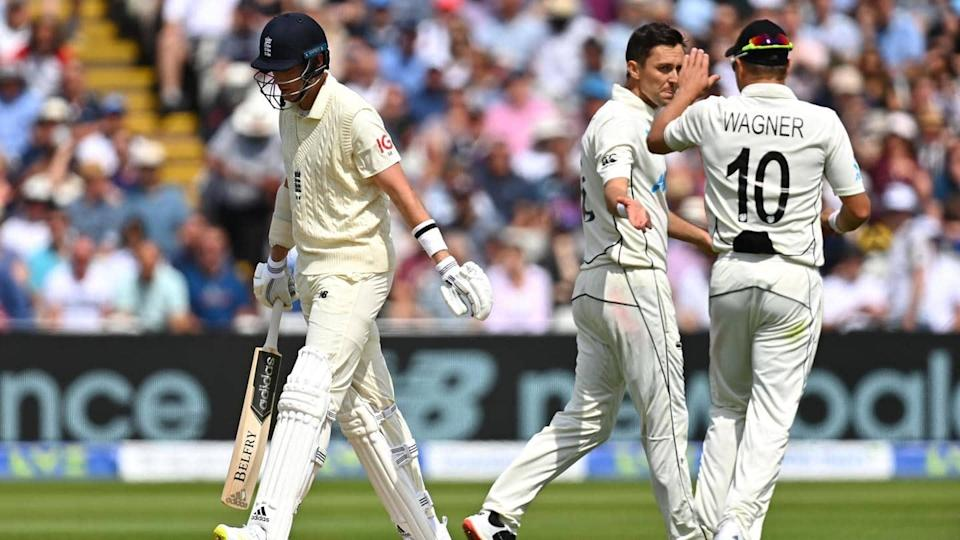 England vs New Zealand: Hosts manage 303 in first innings