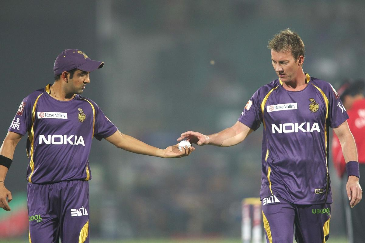 Kolkata Knight Riders captain Gautam Gambhir passes the ball to Brett Lee of Kolkata Knight Riders during match 8 of the the Pepsi Indian Premier League ( IPL) 2013 between The Rajasthan Royals and the Kolkata Knight Riders held at the Sawai Mansingh Stadium in Jaipur on the 8th April 2013..Photo by Shaun Roy-IPL-SPORTZPICS..Use of this image is subject to the terms and conditions as outlined by the BCCI. These terms can be found by following this link:..https://ec.yimg.com/ec?url=http%3a%2f%2fwww.sportzpics.co.za%2fimage%2fI0000SoRagM2cIEc&t=1493049492&sig=M8_qIpriv5bpcnfReBBbOw--~C