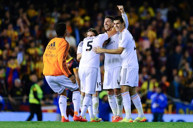 VALENCIA, SPAIN - APRIL 16: Real Madrid CF players celebrate after winning the Copa del Rey Final between Real Madrid and FC Barcelona at Estadio Mestalla on April 16, 2014 in Valencia, Spain. (Photo by David Ramos/Getty Images)