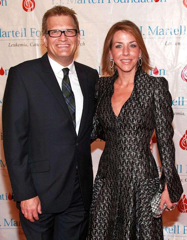 NEW YORK, NY - NOVEMBER 03:  Comedian Drew Carey and fiancee Nicole Jaracz attend the 36th annual T.J. Martell Foundation's Honors gala at the Marriott Marquis Times Square on November 3, 2011 in New York City.  (Photo by Charles Eshelman/FilmMagic)
