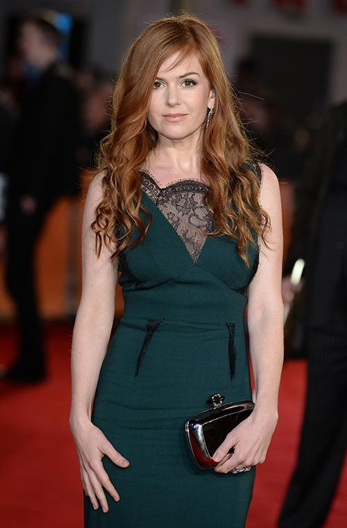 Auburn-haired Australian actress Isla Fisher is known for her luscious, long locks. However today she unveiled a much shorter look.