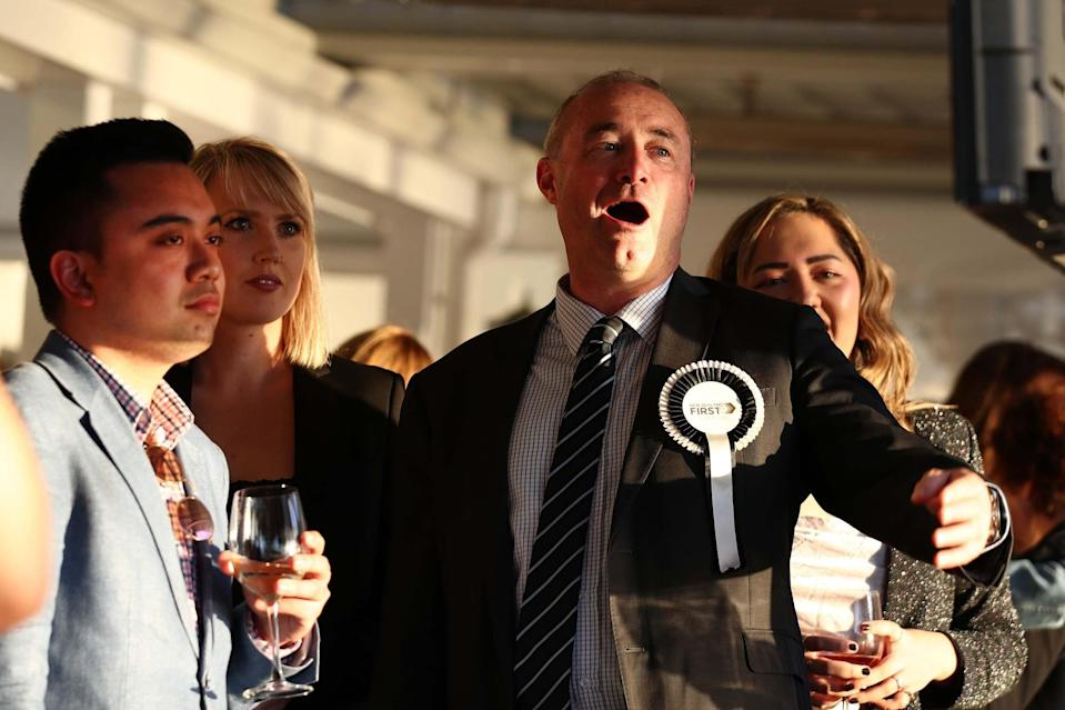 New Zealand First supporters watch the election results come in at the Duke of Marlborough Hotel in Russell (Getty Images)