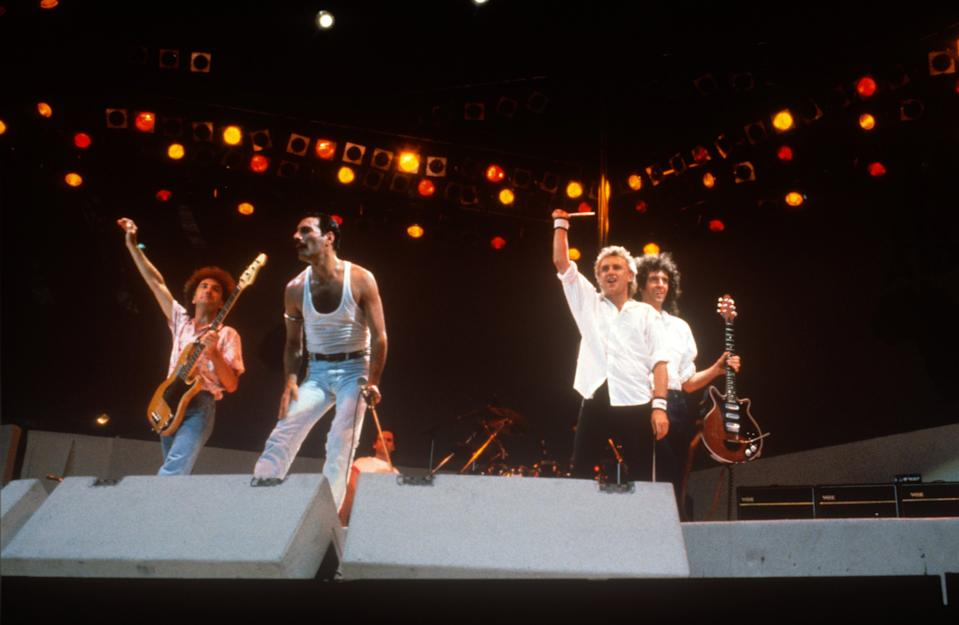 Queen at Live Aid on July 13, 1985 in London, United Kingdom.  (Photo by FG/Bauer-Griffin/Getty Images)          170612F1