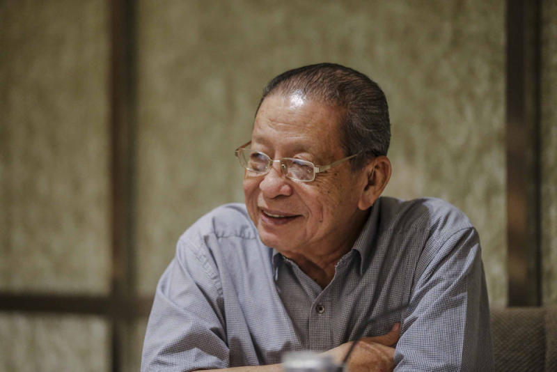 Lim Kit Siang takes the view that discouraging Muslims from wishing Christmas greetings went against the teachings of Islam. — Picture by Firdaus Latif