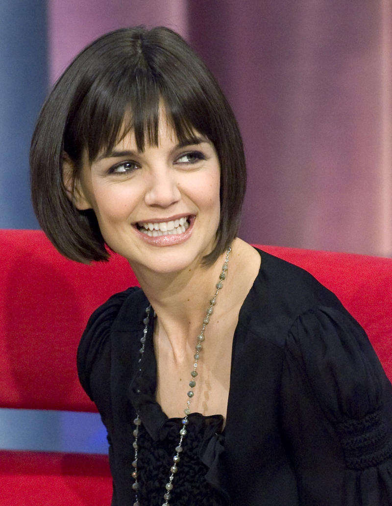 "Katie Holmes appears at a taping of the BET program ""106 and Park"" in New York Jan. 16, 2008.  (Jeff Zelevansky / Reuters)"