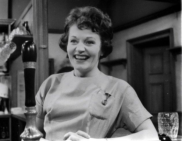 Doreen Keogh, who played the first ever barmaid in 'Coronation Street', has died at the age of 91.