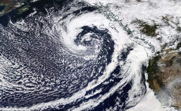 Storm Approaches Pacific NW 9/26