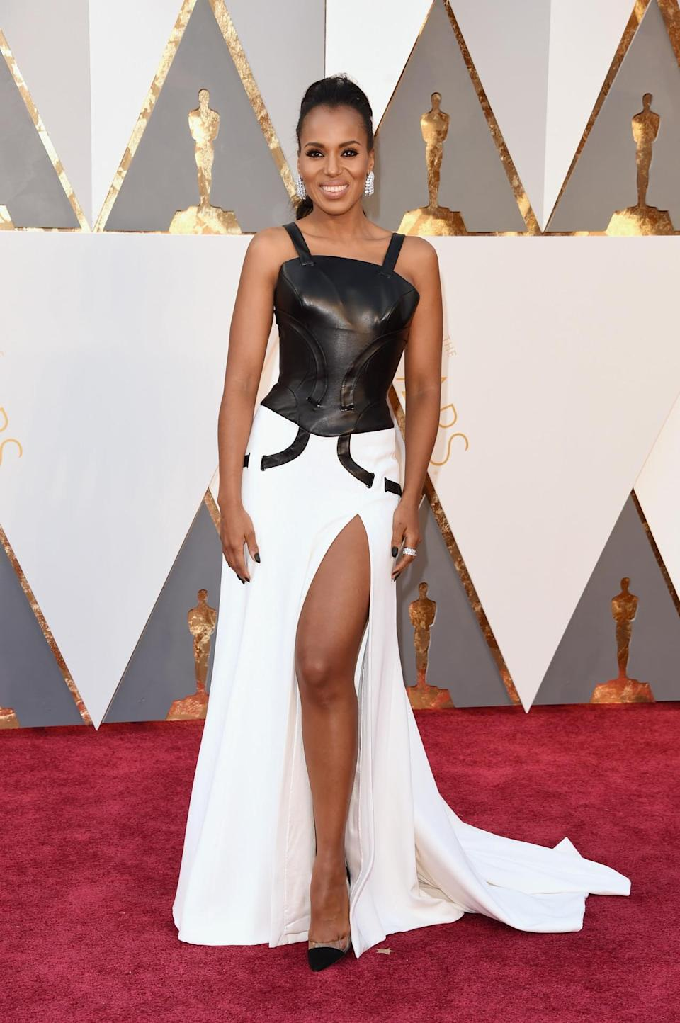 <p>Kerry Washington mixed tough and sweet in a black and white dress from Atelier Versace. <i>(Photo: Getty Images)</i></p>