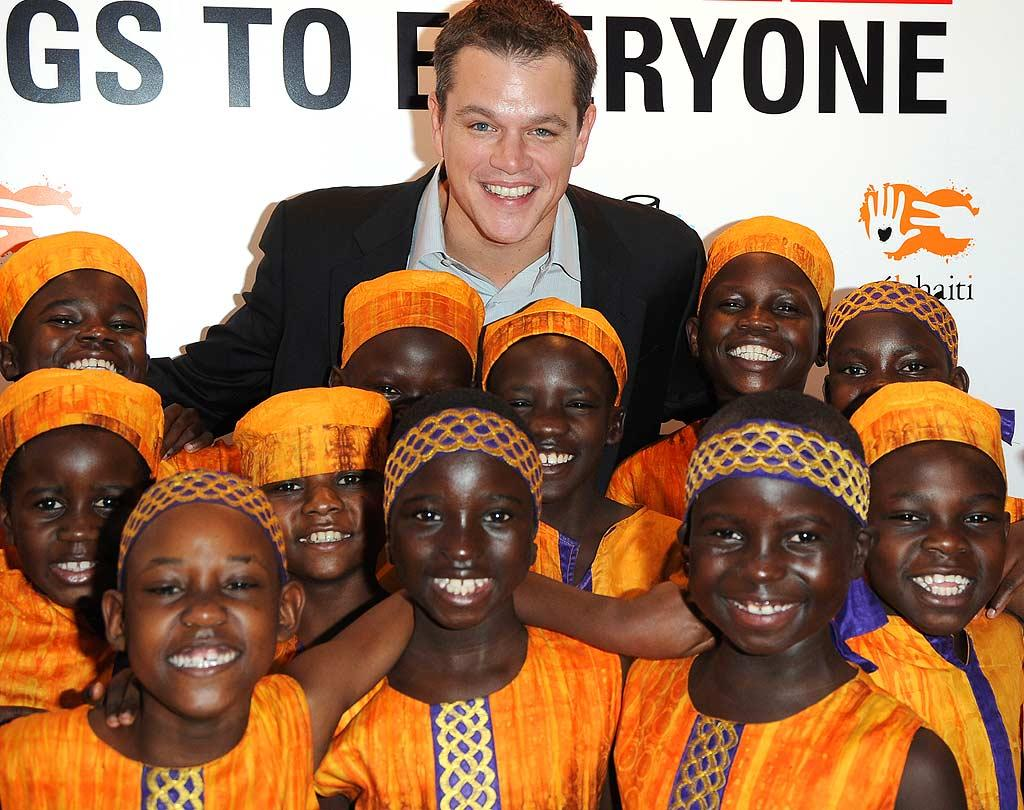"When he's not working to help children worldwide, eco-friendly actor Matt Damon found time to start his own organization that sends aid to countries without clean drinking water. Is this guy a keeper or what? George Pimentel/<a href=""http://www.wireimage.com"" target=""new"">WireImage.com</a> - October 23, 2008"