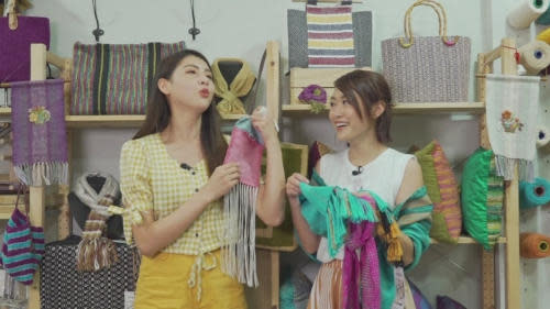 Kaki started an online clothing store with her friend after leaving TVB
