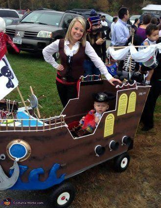"Vía <a href=""http://www.costume-works.com/costumes_for_babies/pirate_aboard_his_own_ship.html"" target=""_blank"">Costume-Works.com</a>"