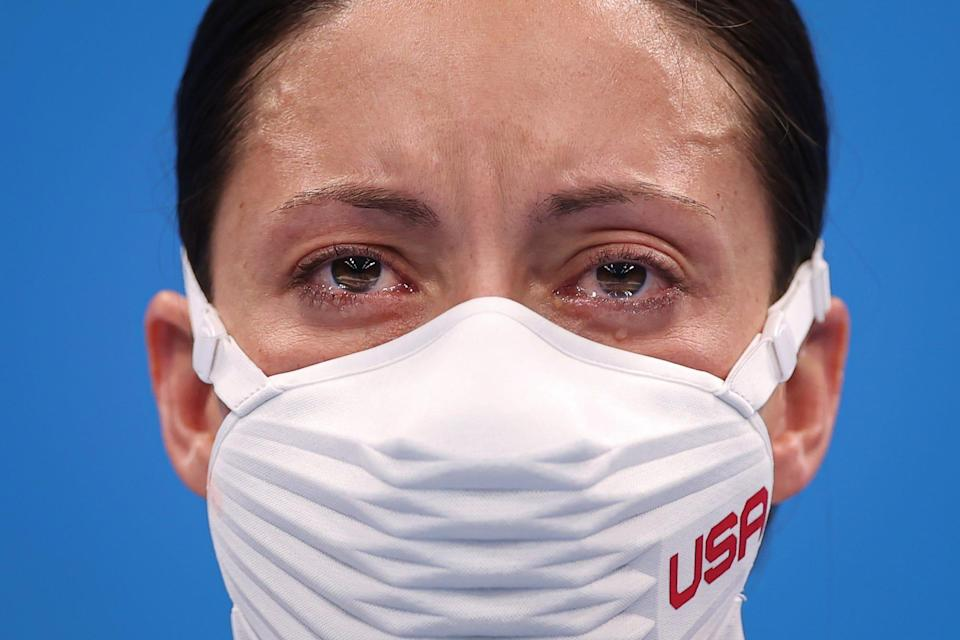 American Elizabeth Marks tears up after winning gold in the 100m Backstroke at the Tokyo Paralympics.
