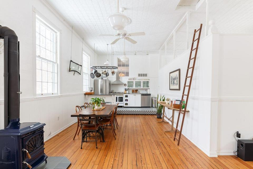 "<p>This gorgeous converted old schoolhouse in upstate New York has all you need for a slow city break. Inside you'll find two <a href=""https://www.housebeautiful.com/uk/decorate/bedroom/a35201382/bedroom-lighting-ideas/"" rel=""nofollow noopener"" target=""_blank"" data-ylk=""slk:bedrooms"" class=""link rapid-noclick-resp"">bedrooms</a>, one bathroom, unique vintage furnishings, original wood plank flooring, a clawfoot tub, and a salt-water pool.</p><p><a class=""link rapid-noclick-resp"" href=""https://go.redirectingat.com?id=127X1599956&url=https%3A%2F%2Fwww.airbnb.co.uk%2Frooms%2F10187662&sref=https%3A%2F%2Fwww.redonline.co.uk%2Ftravel%2Finspiration%2Fg35466875%2Fairbnb-most-liked-homes%2F"" rel=""nofollow noopener"" target=""_blank"" data-ylk=""slk:MORE INFO"">MORE INFO</a></p>"